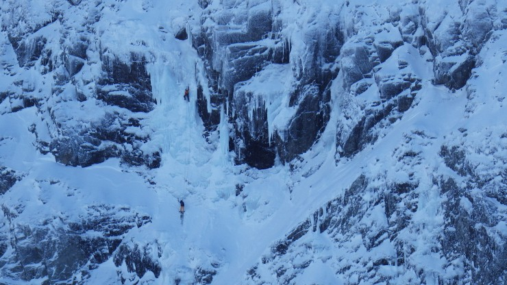 Climbers on Stand and Deliver, Aonach Beag