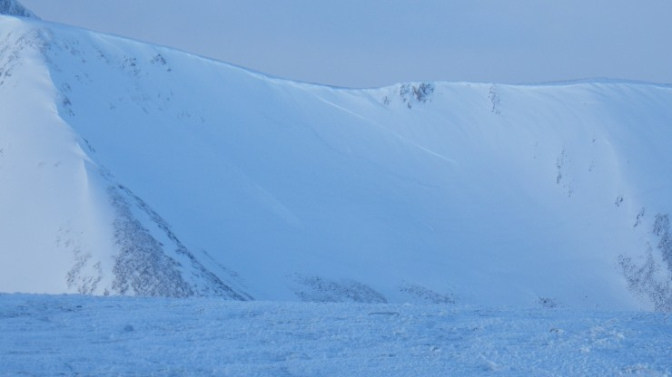 A couple of avalanches in Carn Beag Dearg bowl. A small recent one on the left, and an older, more substantial slab in the middle.