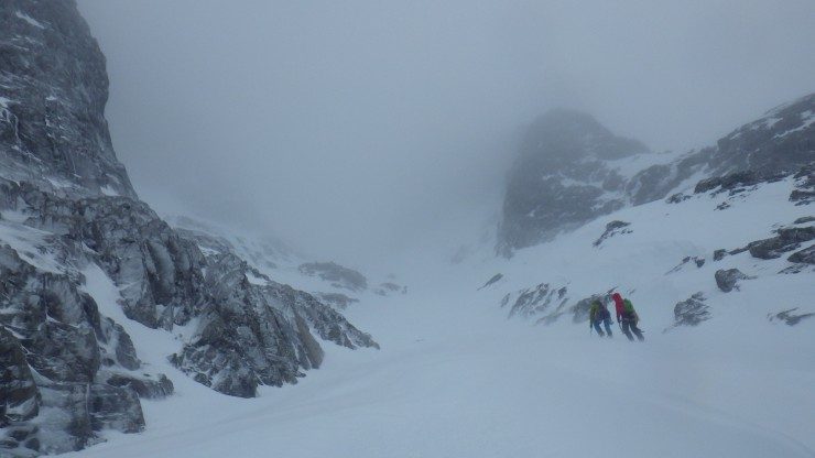 Climbers heading up Observatory Gully.