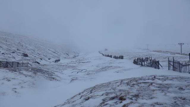 Aonach Mor, looking up the Goose Gully to the cloud level.