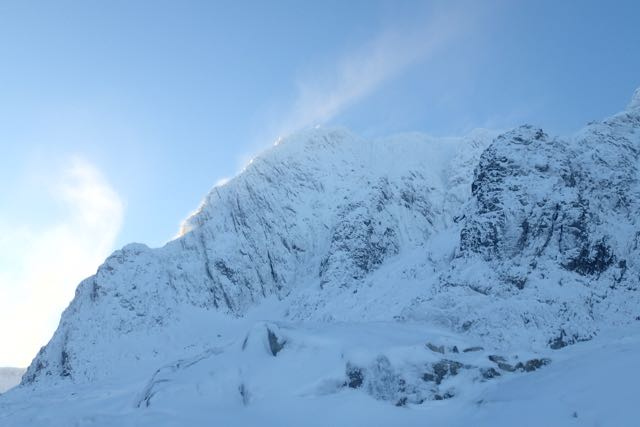A plume of snow from North-East Buttress, Ben Nevis showing snow redistribution.
