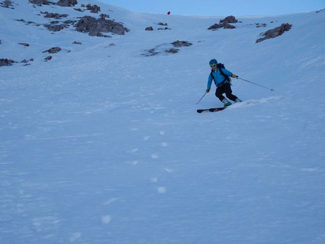 Firm snow at the top of Coire Leis with good skiing further down.