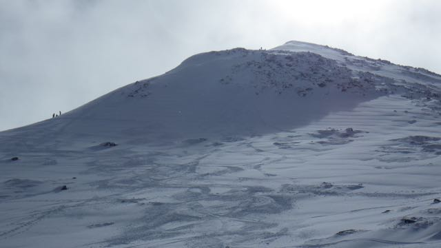 Fresh snow on the end of the Nid area, Aonach Mor at around 750m